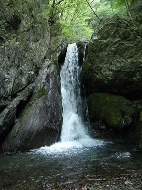 090926ベンガラの滝