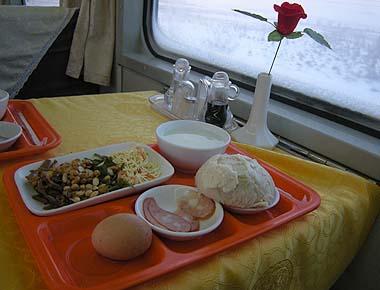 091230食堂車で朝食