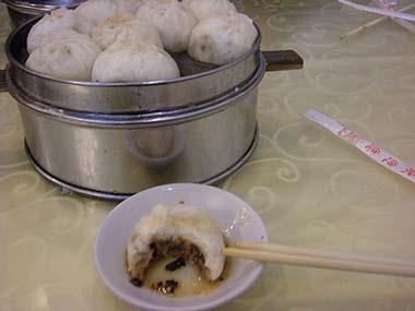 100102北京饅頭の朝食