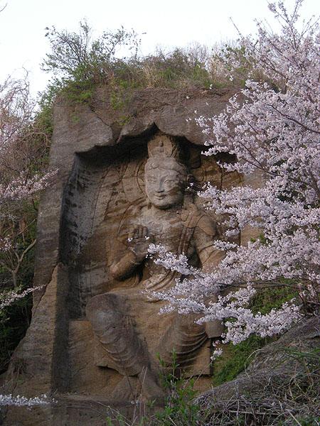 100403鷹取山磨崖仏
