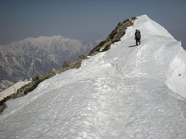 100505五竜岳山頂もうすぐ