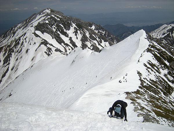 100516雪壁を下る