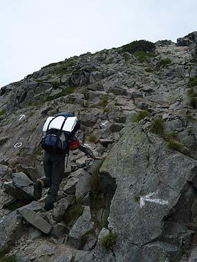 100808西穂高岳山頂への登り