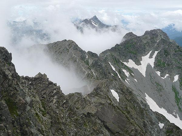 100808奥穂高岳山頂から槍ヶ岳