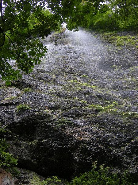 100925大東岳雨滝
