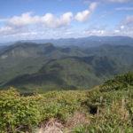ブナの森をしぶい大東岳へ~大行沢・大東岳(2)