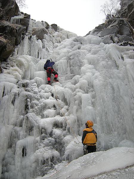 101218ジョウゴ沢最初の滝