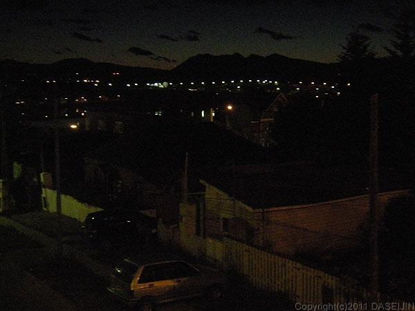 110105フエゴ島・夜更けのウスアイア