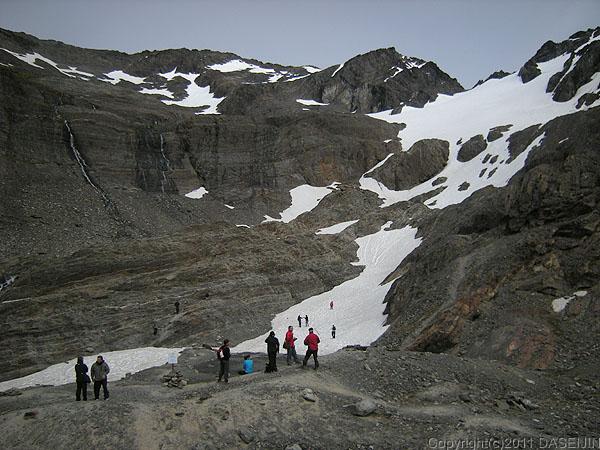 110106フエゴ島・ウスアイア、マルティアル氷河の直下