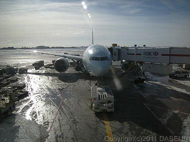 110110トロント空港成田行きCA01
