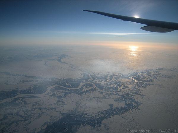 110111機内からアラスカ沖
