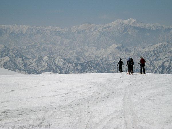 110417守門岳・本峰へ