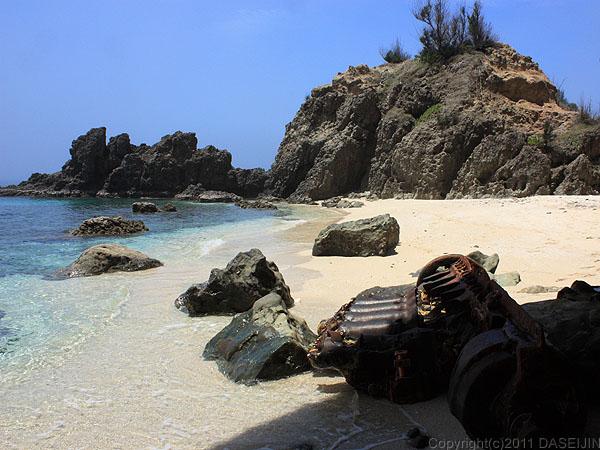 110503小笠原母島蓬莱根のビーチ