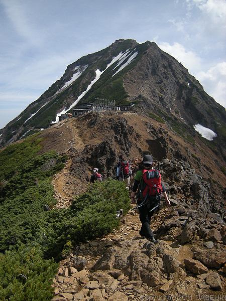 110604八ヶ岳主稜線を天望荘へ