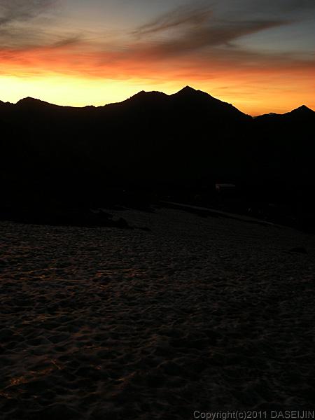 110718夜明けの五色ヶ原キャンプ場