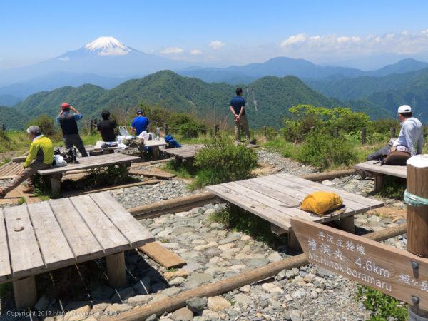 170527蛭ヶ岳山頂