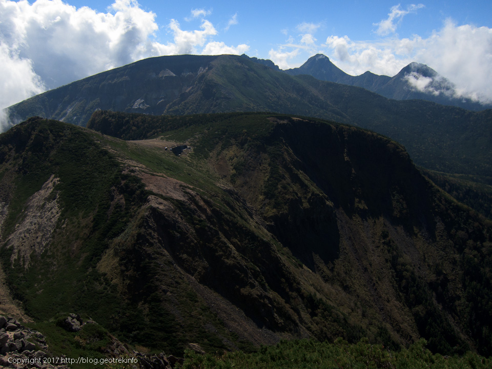 170924西天狗岳山頂から南八ヶ岳