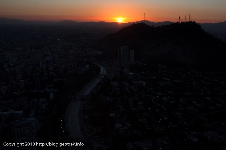171125 サンクリストバルの丘に夕日が沈む