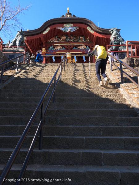 180113 御岳神社の石段
