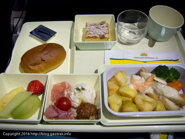 180400 機内食朝ご飯