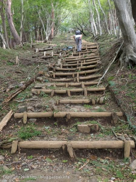 181003 馬鹿尾根の階段