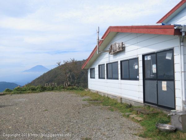 181003 花立山荘と富士山