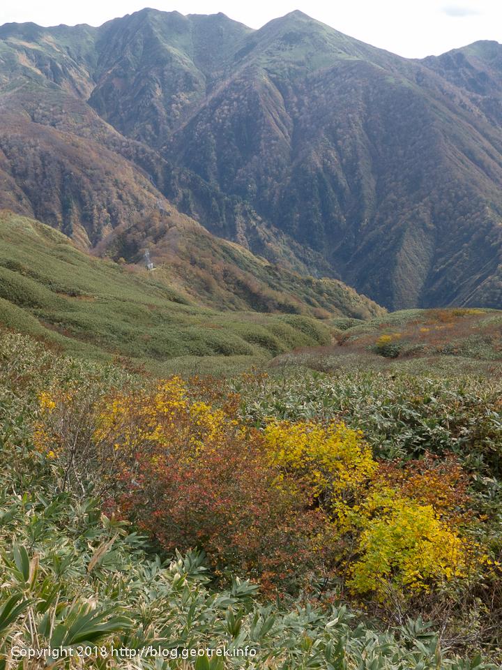 181013 朝日岳と紅葉