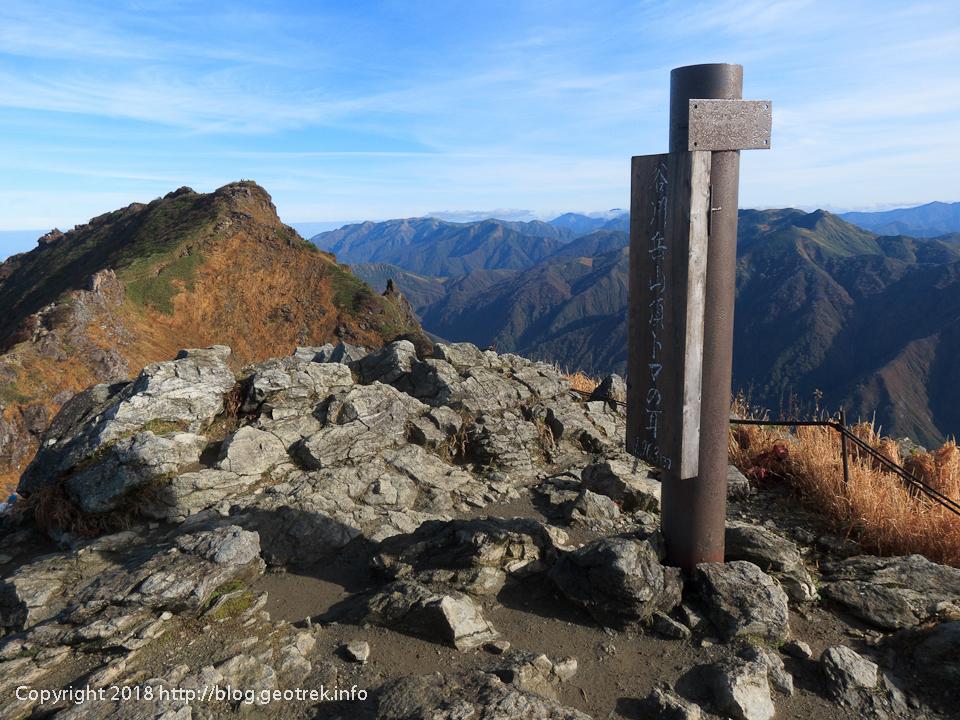 181013 谷川岳トマノ耳山頂