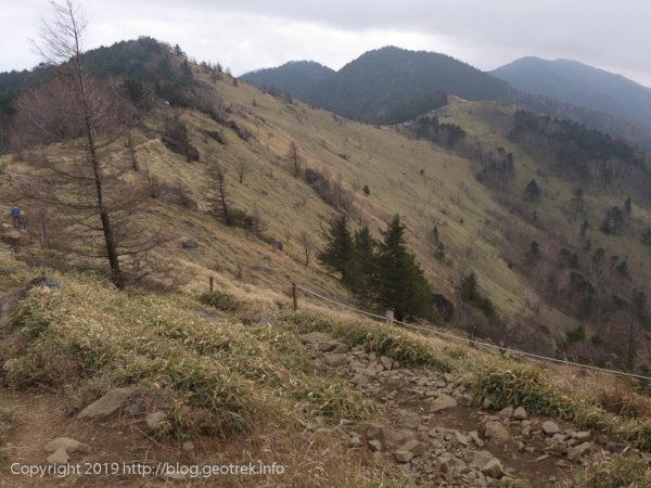 181111 大菩薩峠から大菩薩嶺の稜線