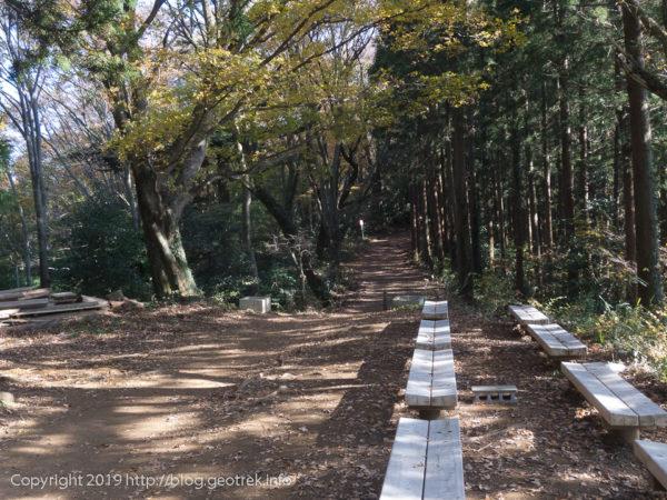 181127 城山への道