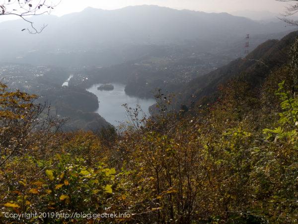 181127 津久井湖を眺める