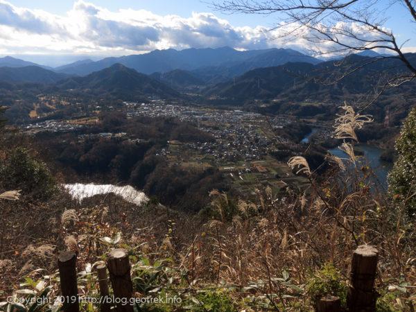 181224 津久井湖を眺める