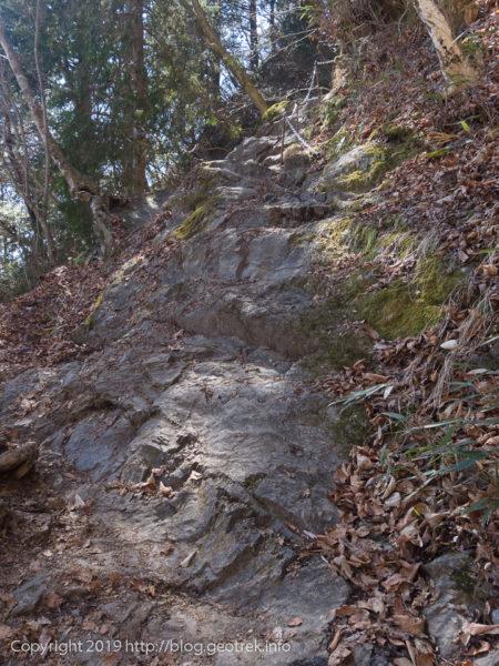 大岳近くの岩場