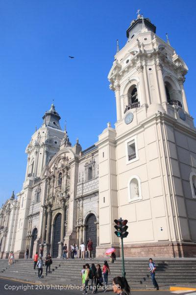 190505アルマス広場のカテドラル