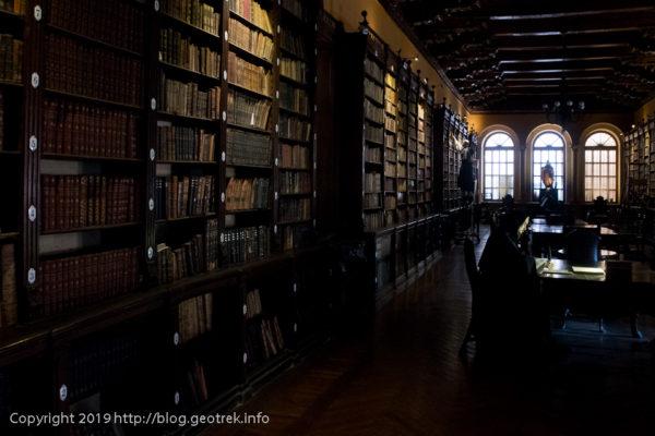 190505 サント・ドミンゴ教会の図書館