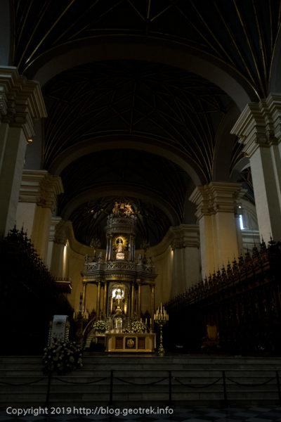 190426 広い聖堂