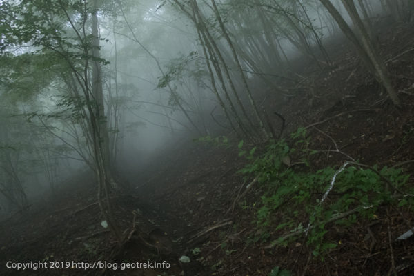 190901 西原峠へ登る