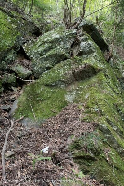 190930 大楢峠から岩がでてくる