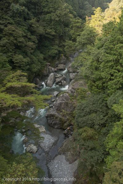 190930 多摩川を渡る
