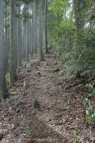 190930 城山への道
