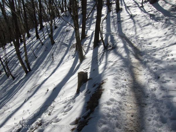 191229 石尾根の雪の道
