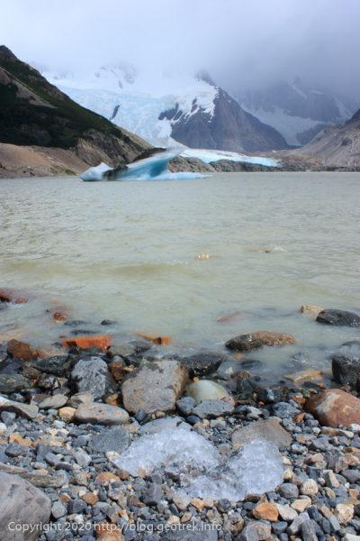 200119 フィッツロイ・トレッキング、トーレ湖の氷山