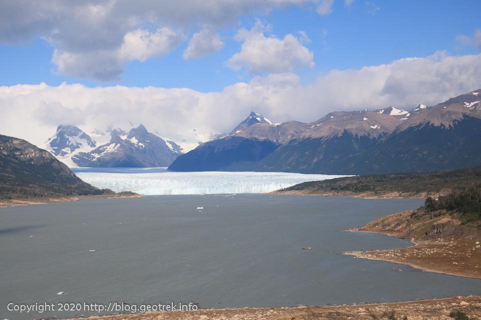 200121 ペリト・モレノ氷河が見えてきた