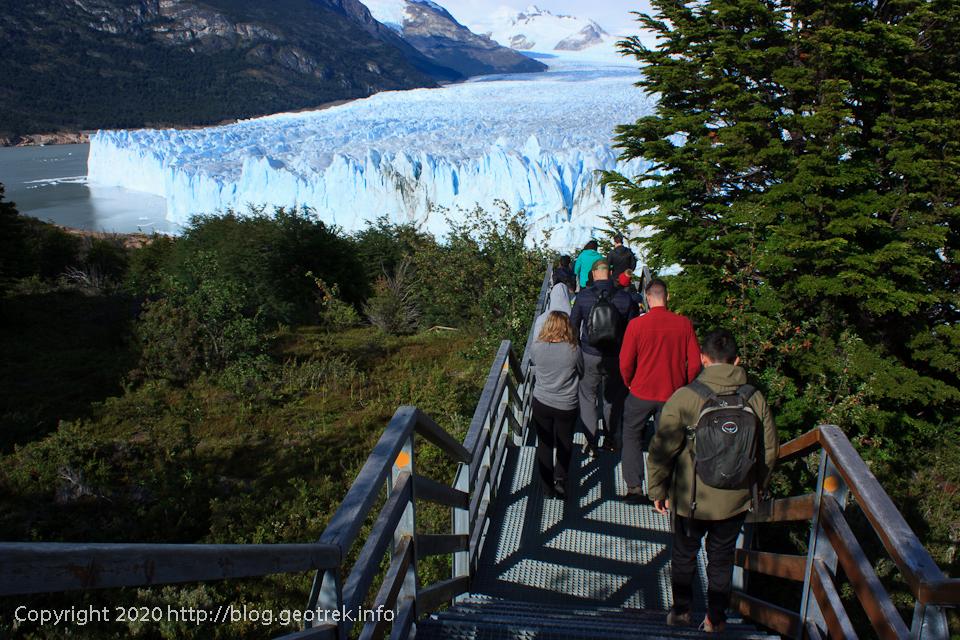 200121 ペリト・モレノ氷河、下の展望台へ