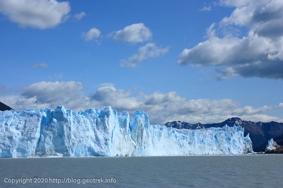 200121 湖からのペリトモレノ氷河も大迫力