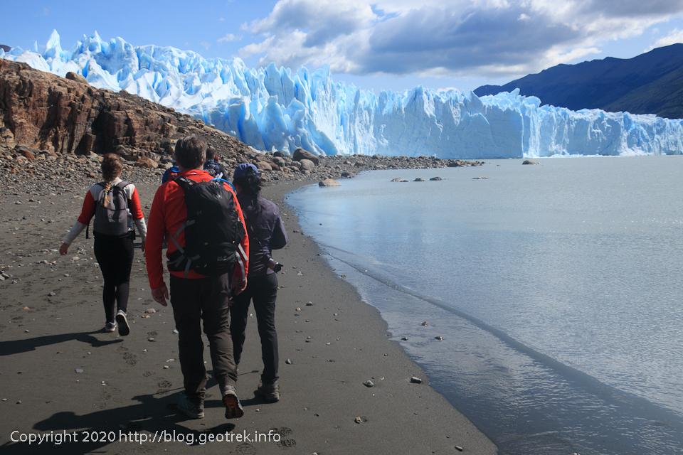 200121 ペリトモレノ氷河トレッキングに出発