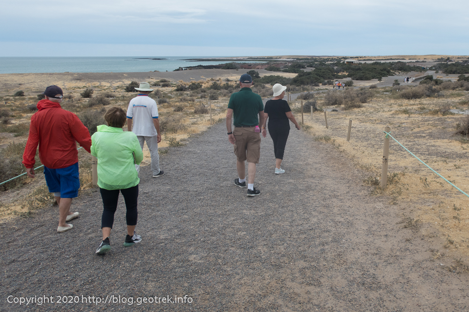 200124 プンタ・トンボ、海岸の遊歩道