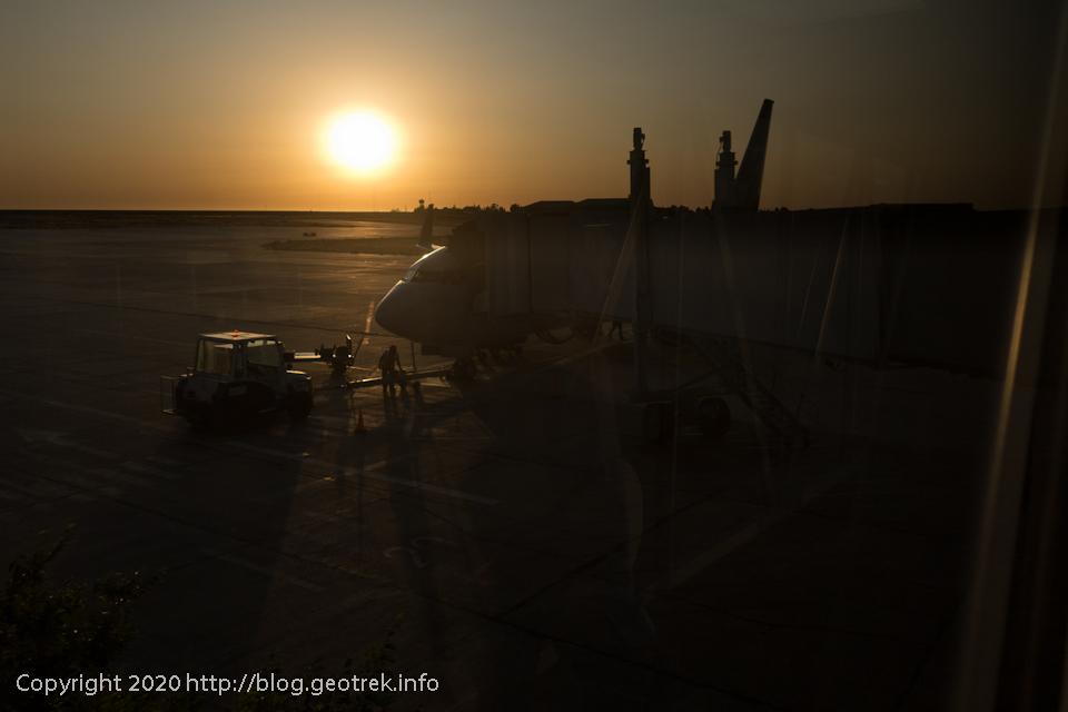 200125 トレレウ空港の日の出