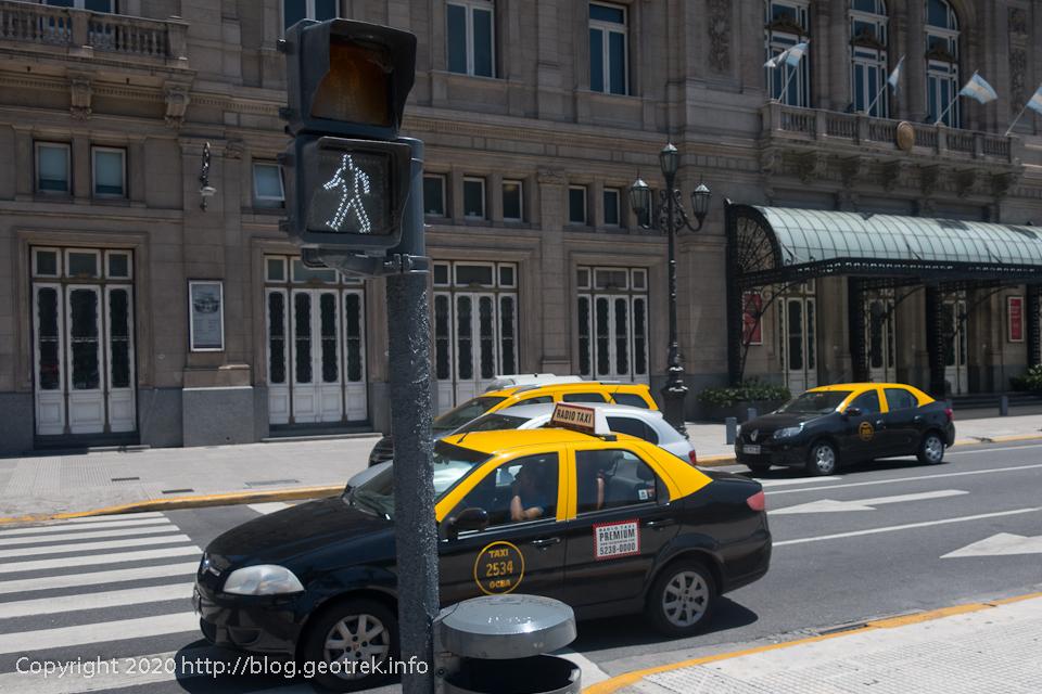 200125 ブエノスアイレスの歩行者信号2
