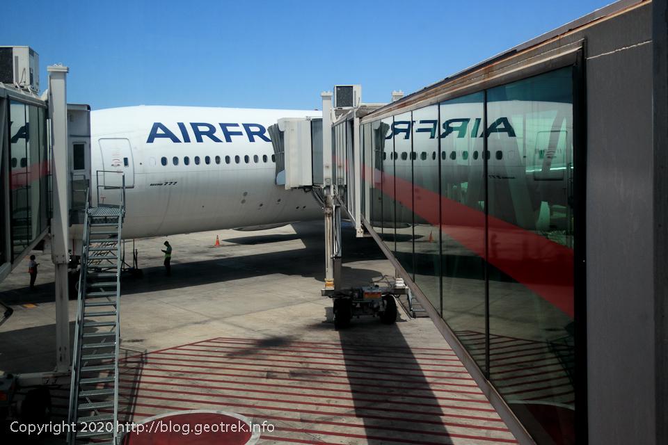 200126 エセイサ国際空港、ドゴール空港行エールフランス